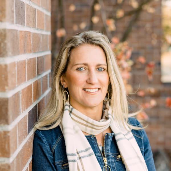 Angie Arnett Central Oregon Principal Broker with Stellar Realty Northwest