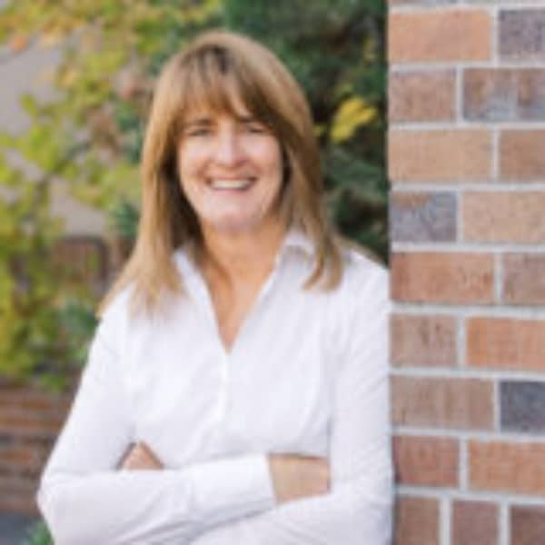 Jeanne Moir Bend Oregon Real Estate Broker Stellar Realty Northwest