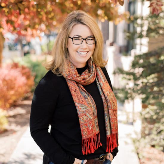 Julia Gehring Central Oregon Real Estate Broker with Stellar Realty Northwest