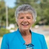 Pam Lewis Central Oregon real estate broker